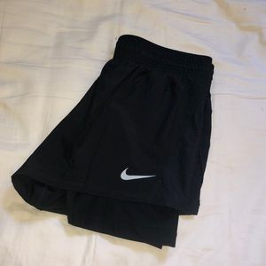 ⚽️NWT NIKE ATHLETIC SHORT